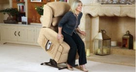 Windsor Lift and Rise Recliner