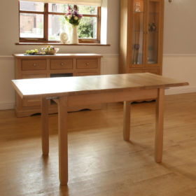 click to view andrena pelham extending dining table